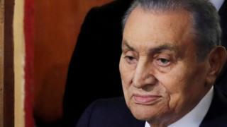 Hosni Mubarak yabaye umukuru w'igihugu ca Misiri mu kiringo c'imyaka 30