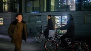 북한 신의주 거리