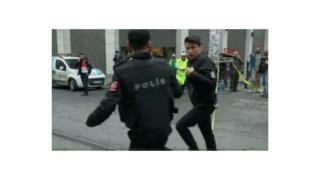 Polisi yanyarukiye ahaturikiye igisasu muri Istambul