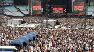 Crowds at the concert