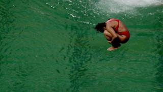 Piscina de Río 2016 teñida de verde