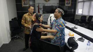 Siti Nurhidayah dipertemukan dengan keluarga.
