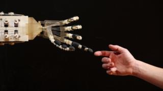 Dexmart robotic hand