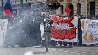 Протести в Парижі
