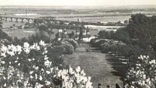 Бузковий сад наприкінці 50-х років