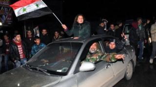 'Yan kasar Syria na murnar kwace birnin Aleppo