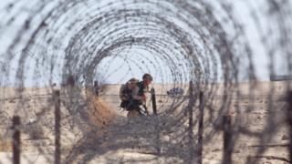 جندي أمريكي في مدينة الكويت عام 1994