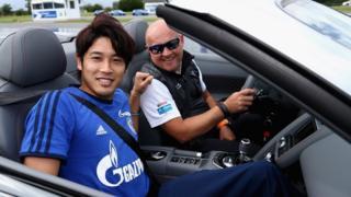 Le défenseur international japonais, Atsuto Uchida avait rejoint Shalke 04 en 2010 avant d'atterrir en 2e division allemande.