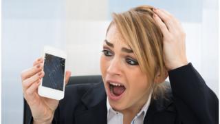 Nem sempre tratamos nossos celulares com o devido cuidado