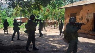 Depuis plus de vingt ans, des groupes armés nationaux et étrangers pullulent dans l'Est de la RDC.