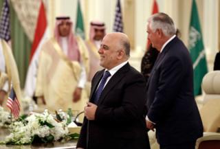 نخست وزیر عراق همزمان با وزیر خارجه آمریکا به ریاض سفر کرده بود