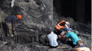 Розкопки на Подолі