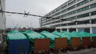 新加坡装甲车在香港被扣