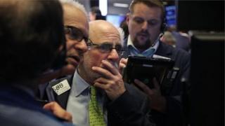 هبوط الأسهم