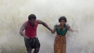 இலங்கை நடிகர் தர்ஷன் நடிக்கும் 'சுனாமி': சினிமா விமர்சனம்