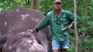 Сайт г-на Ботты демонстрирует животных, которых ему удалось убить