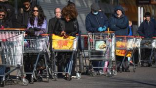 Sainsbury's shoppers queueing up