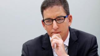 'Jornalismo não é crime': colunista de mídia do Washington Post comenta caso Greenwald