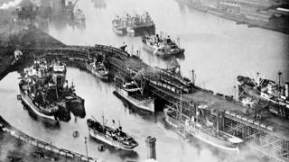 Ships being loaded with coal at Dunston Staiths
