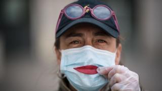 """《冠状病毒""""政治危机"""":赫拉利谈后疫情""""不同的世界""""》"""