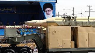 "Onu yabujije Irani kwinjiza ubuhinga bwo gukora ""missiles"" zigera kure ku kiringo c'imyaka umunani"