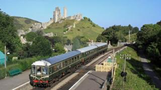 Diesel train at Corfe Castle