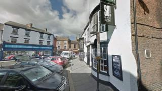 So! Bar and Eats pub