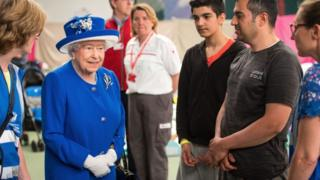 The queen visited those affected by the fire