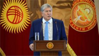 Алмазбек Атамбаев Назарбаев тууралуу сөзүн туура эмес кылдым окшойт деди