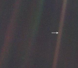 in_pictures Pale Blue Dot