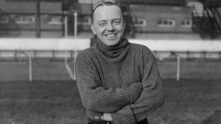 Jimmy Jewell at Stamford Bridge, London, in 1938