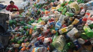 چین با یک میلیارد و چهارصد هزار شهروند با معضل دفع زباله روبروست