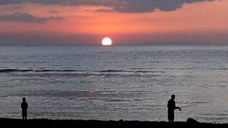 Atardecer en una playa de Costa Rica.