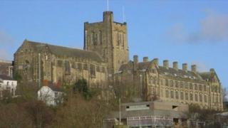 Prifysgol Bangor
