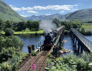 The stunning Jacobite steam train on its journey to Mallai