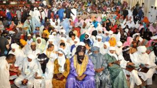 Wasu 'yan kasar Mali da suka halacci taron samar da zaman lafiya na kasa a birnin Bamako a ranar Lahadi, koda yake tsofaffain 'yan tawaye da jam'iyyun adawa sun kauracewa taron.
