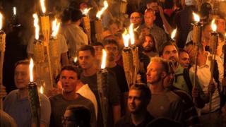Nacionalistas brancos fazem protesto em Charlottesville, EUA