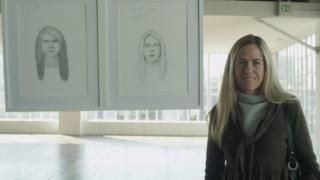 A woman next to two different drawings of herself in the Dove adverts.