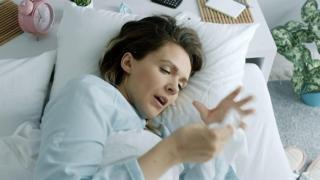 چه زمانی از روز بیمار شوید تا زودتر خوب شوید؟
