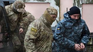بعض المحتجزين الأوكرانيين لدى روسيا