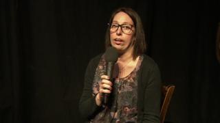 Romina in a comedy club