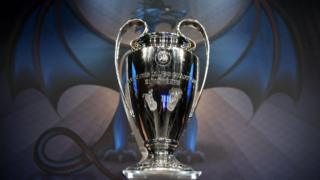 El trofeo de la Liga de Campeones
