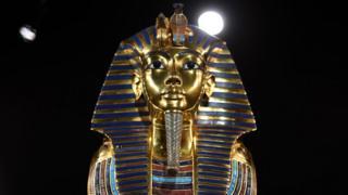 King Tutankhamun's burial mask