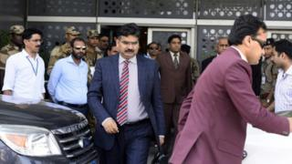 Members of the Pakistani investigation team after their arrival at Indira Gandhi International Airport in Delhi on 27 March 2016