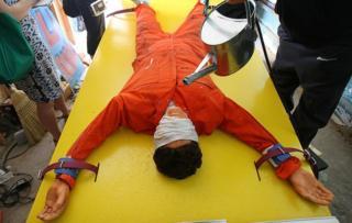 """Instalación artística titulada 'Waterboard Thrill Ride"""", que se exhibió en Coney Island, Nueva York, en 2008."""