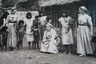 Freiras entre indígenas Tapirapé