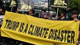 أندونيسيون يتظاهرون ضد قرار ترامب حلو الانسحاب مع اتفاق باريس للمناخ