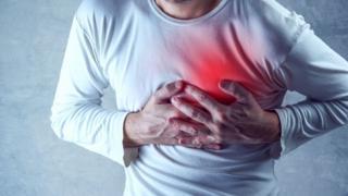 Человек во время сердечного приступа