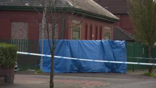 Crime scene in Worsley Avenue, Moston