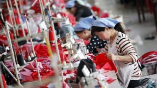 中国制衣厂女工